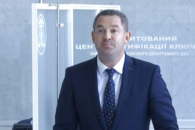 Без браслета та з паспортом: суд відмовив прокурору у справі Продана