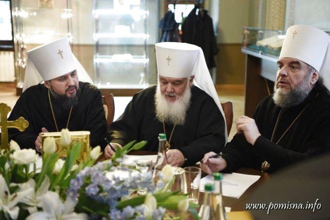 Перше засідання Синоду УПЦ: митрополита Симеона призначили секретарем