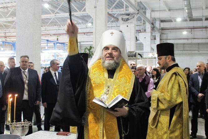 Митрополит Симеон освятив завод ДП «Електричні системи»