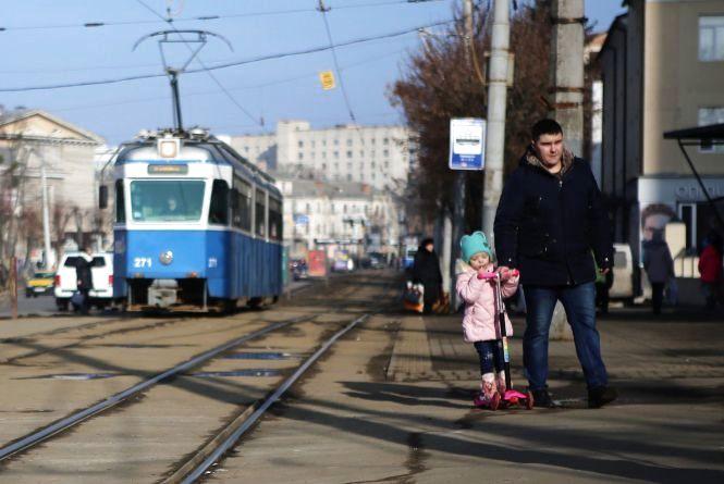 На календарі ще лютий, а на вулицях Вінниці — майже весна