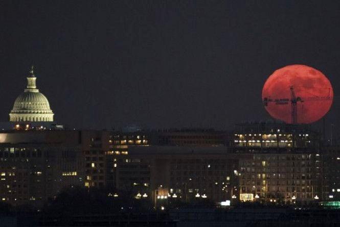 Суперповний Місяць: що категорично не рекомендують робити астрологи