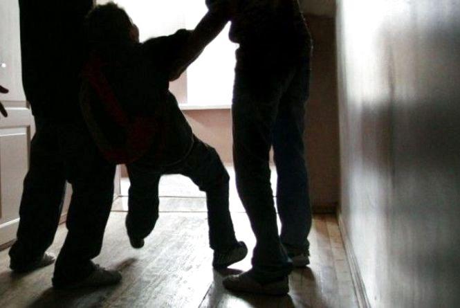 Кривава бійка у школі: 12-річному вінничанину зашивали селезінку