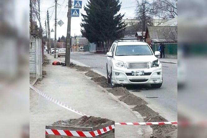 Резонансна аварія у Хмільнику: 21-річний хлопець на Toyota збив на смерть жінку-двірника