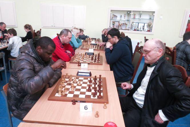 Гравець з Анголи – в призерах вінницької шахової «Формули-1»