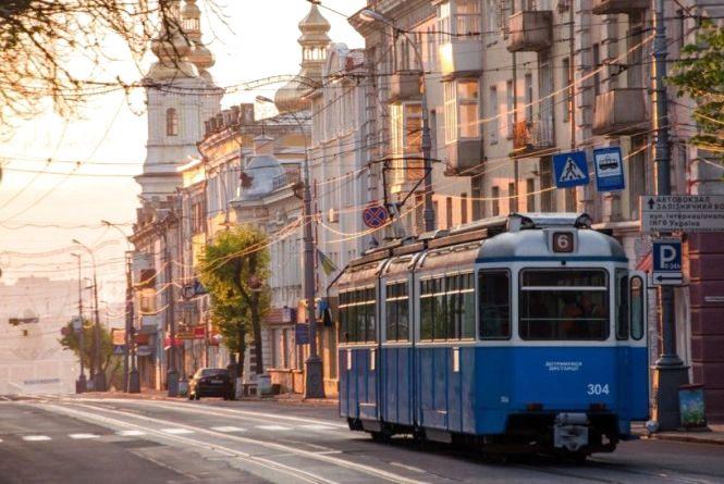 Нелегальний туризм: що відомо про «чорних» екскурсоводів у Вінниці?
