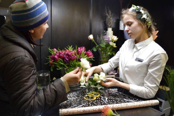 Квіти за ціною золота: скільки коштуватиме букет до 8-го березня у Вінниці