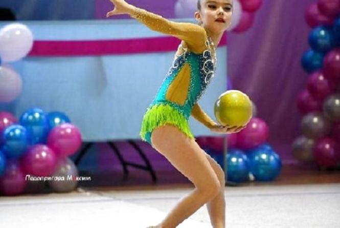 Турнір «Олімпійські весняні краплинки» зібрав півтисячі гімнасток