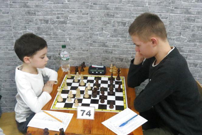 У Вінниці фінішував перший шаховий чемпіонат України серед аматорів: юнак із Харкова випередив дорослих