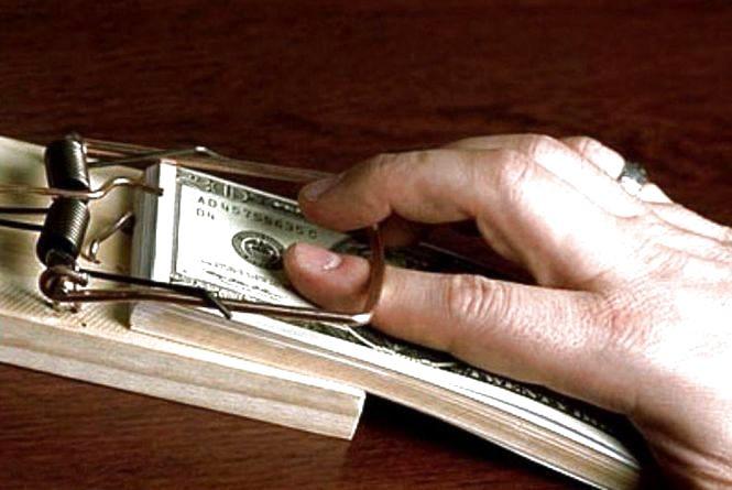 Лікар привласнив собі благодійну допомогу у розмірі 180 тисяч гривень