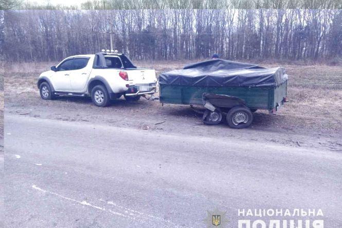 На Козятинщині «лоб у лоб» зіткнулись Volkswagen та Mitsubishi