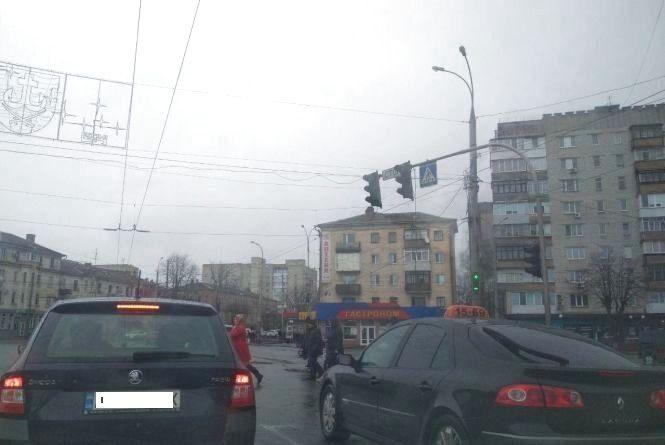 Рясний дощ та сильний вітер:  в Україні оголосили жовтий рівень небезпечності