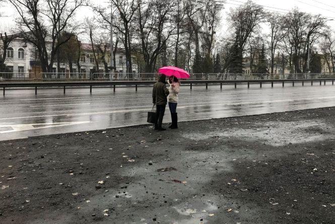 Дуже дощовий тиждень: синоптики розповіли про погоду в найближчі дні