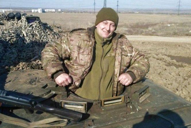 «Востаннє бачив Руслана з букетом ромашок для Юлії» На Донбасі загинув батько двох синів