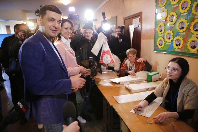 «Рідній Вінниці не зраджую» Володимир Гройсман проголосував у школі №10