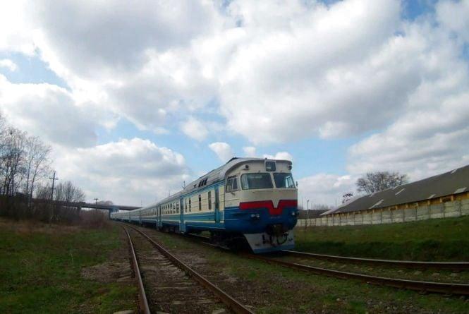 «У мене граната. Я підірву поїзд!»: п'яний вінничанин зупинив рух потягів