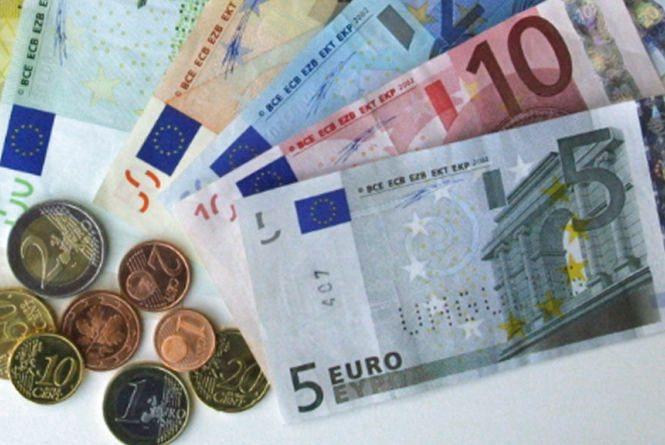 Курс валют НБУ на 3 квітня. За скільки сьогодні продають євро?