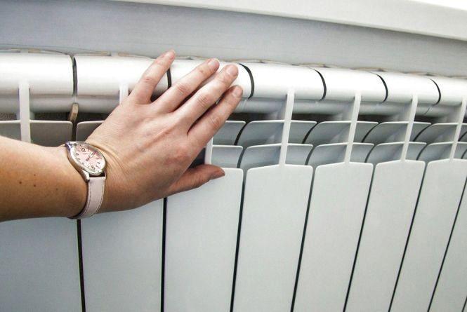 Холодні батареї: повідомили, коли завершиться у Вінниці опалювальний сезон