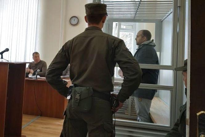 Малєца, якого звинувачують у вбивстві своєї сім'ї, конвойний потяг повезе на Одесу