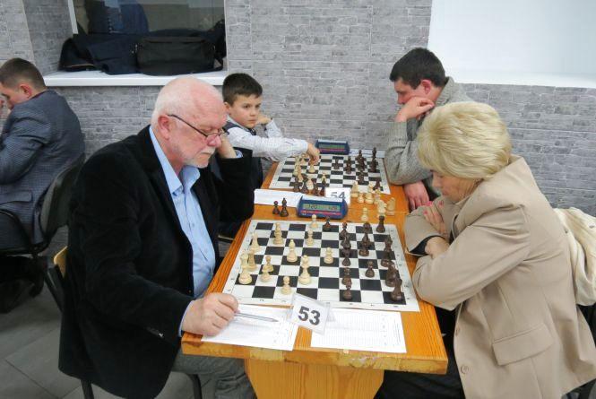 Вихованець Вінницької шахової школи знову випередив досвідчених майстрів