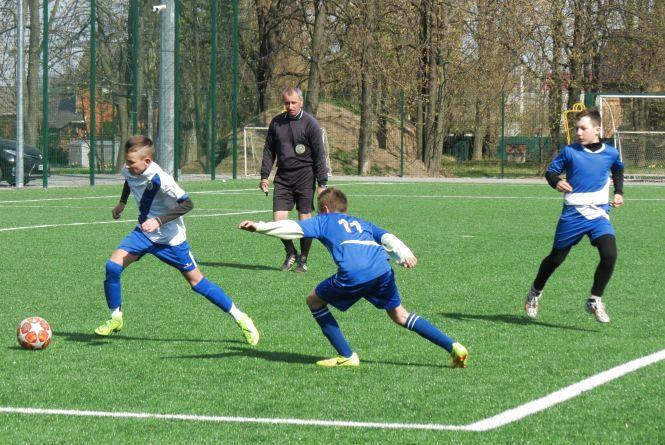 Футболісти Ямполя виграли обласні змагання «Шкіряний м'яч», перегравши в фіналі вінничан