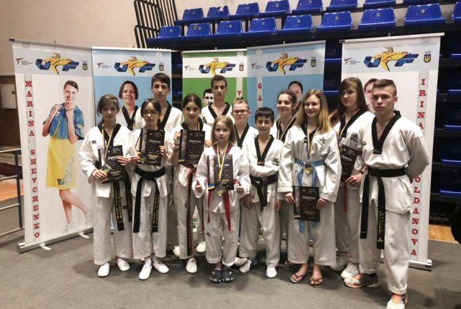 Вінничанки здобули сім нагород на міжнародному турнірі з тхеквондо за участі бійців Азії, Африки і Австралії
