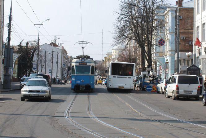 Майже 450 тисяч гривень витратять на «безкоштовний» транспорт до Дня Європи