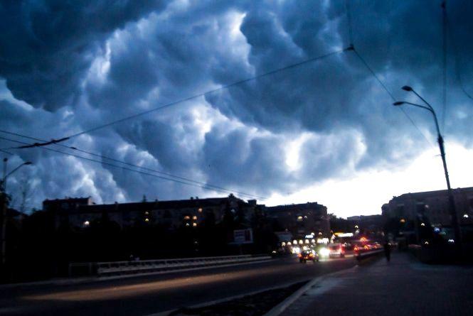 Наступного тижня погоду в Україні визначатимуть атмосферні фронти