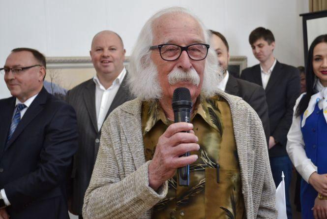 «Вінницю я оминав, бо Вінниця про мене не думала»: Іван Марчук презентував свою виставку