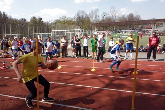 На обласному етапі «Олімпійського лелеченяти» тріумфували школярі Хмільника