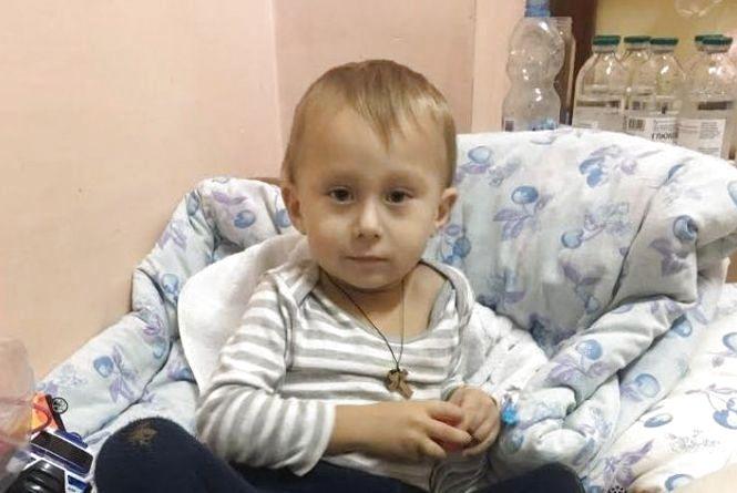 На лікування Сашку Басюку збирають 90 тисяч доларів. Вже долучаються заклади