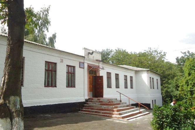 Петиція: пропонують збудувати нову школу на Привокзальній