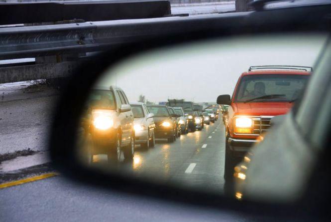 З 1 травня водії можуть не включати ближнє світло на вінницьких трасах
