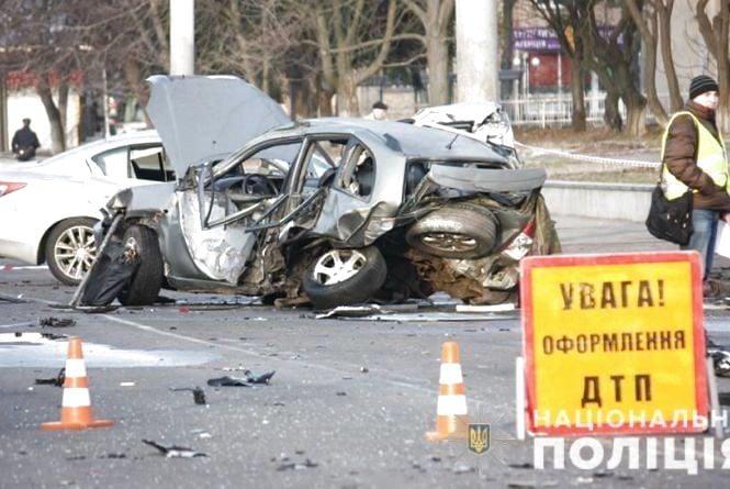 Моторошна ДТП на Келецькій: постраждалий таксист помер в лікарні