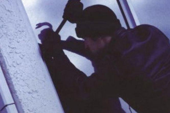 Крадіжка на чотири мільйонв гривень: на Вінниччині обікрали будинок фермера
