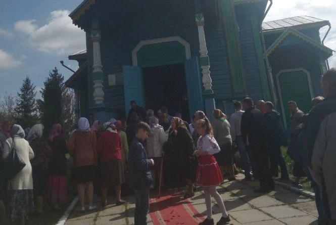 Привезли дві бочки солярки, щоб спалити церкву. Історія врятованого 100-літнього храму