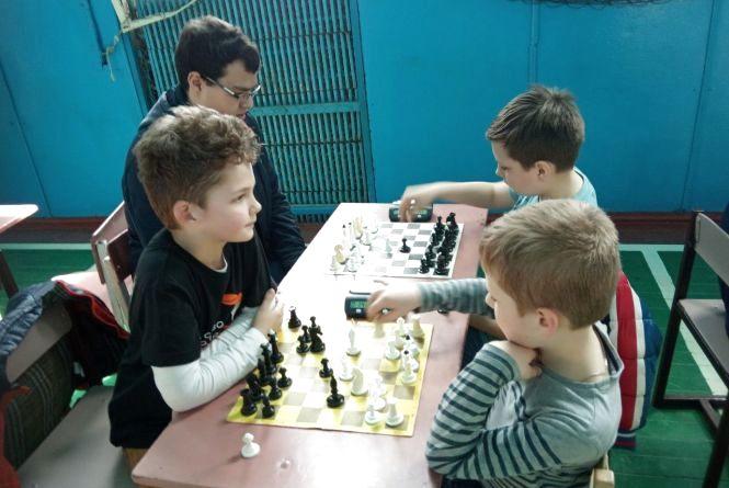 У Комаргороді вшанували пам'ять генерал-лейтенанта Петра Залізюка обласним шаховим турніром