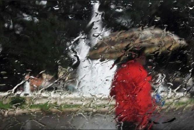 Безпросвітні дощі. До України йде «чергова порція вологи»