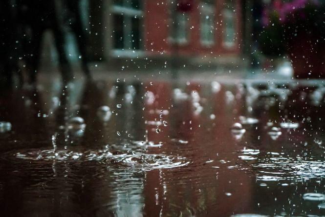 Україну торкаються «хвости італійського циклону». Що чекати від погоди?
