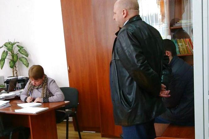Полковник, якого штрафували за п'яну їзду, оскаржив звільнення в суді. У поліції готують апеляцію