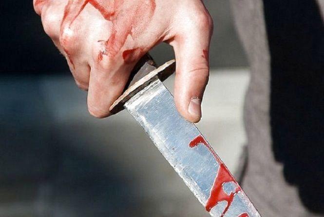 П'яний чоловік ножем поранив свою жінку та зачепив дворічну дитину