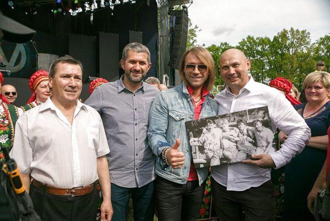 Як пройшов концерт Олега Винника у рідному селі? (Прес-служба «Інтер»)