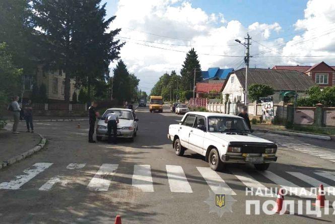 У Бершаді під колеса «ВАЗу» потрапила 69-річна велосипедистка
