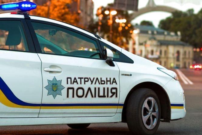 Водій, який пропонував патрульним хабар, заплатить понад 8 тисяч штрафу