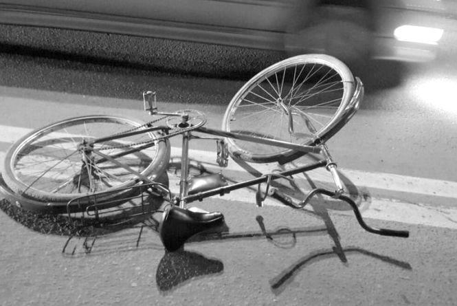 У Гайсинському районі мотоцикліст в'їхав у велосипедиста. Обоє водіїв у лікарні