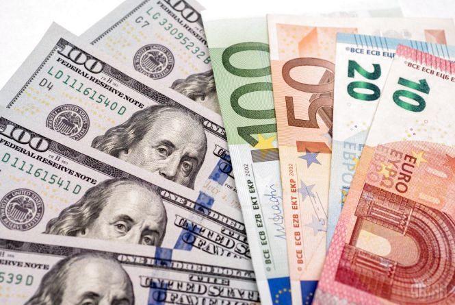 Курс валют НБУ на 27 травня. За скільки сьогодні продають євро та долари?