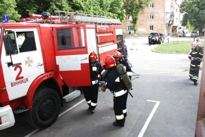 Евакуювали мешканців: на Київській «гасили пожежу» у 16-поверхівці