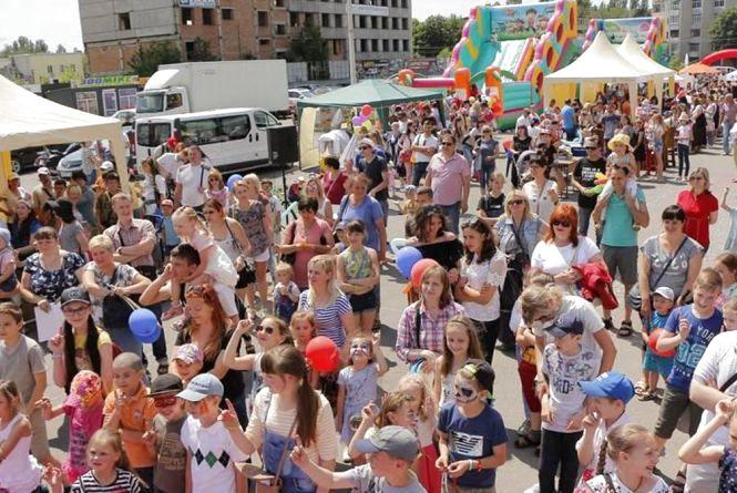 «Фестиваль сім'ї»: вінничан з дітьми запрошують на свято. Що цікавого чекає?
