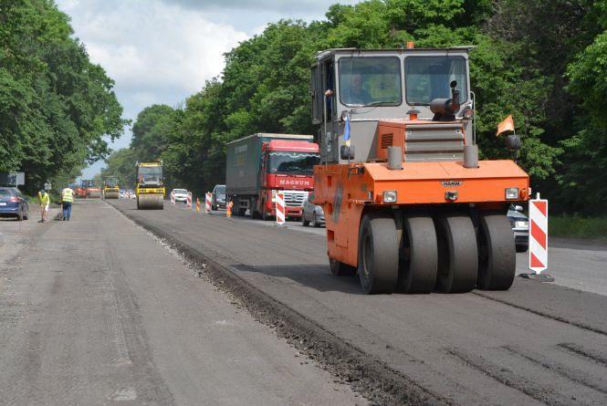 На Вінниччині ремонтують 35 кілометрів дороги міжнародного значення