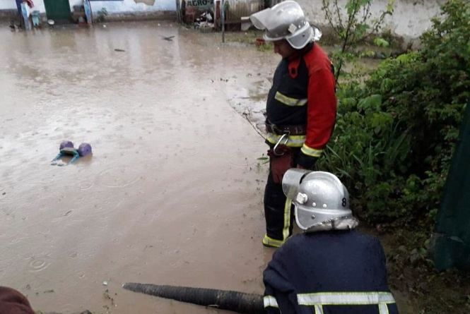 Рятувальники попередили про небезпеку підтоплень