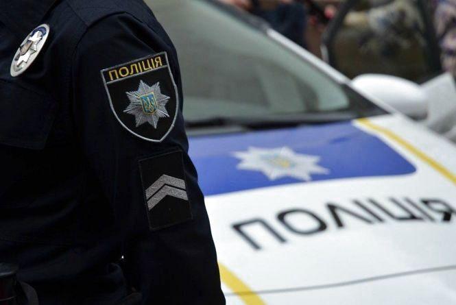 Поліцейського та його керівника відсторонили від служби. Що сталося?